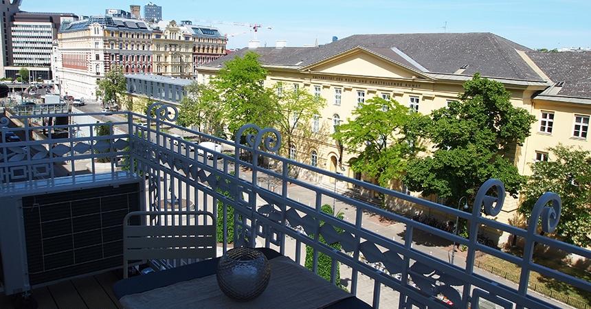 1030 Vienna, Rechte Bahngasse Balcony