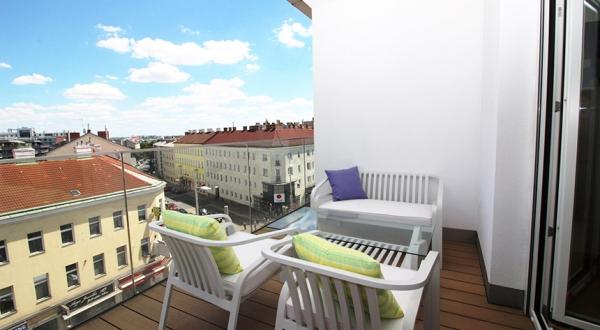 SimmeringerHauptstr_terrace